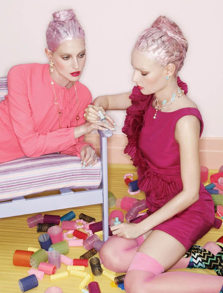 Tehila & Ania by Jamie Nelson for Elle Mexico June 2011