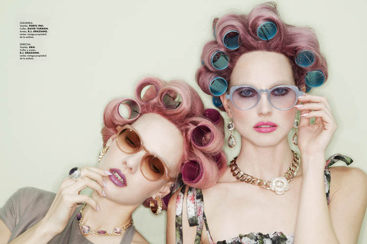 Tehila Rich and Ania Kisiel hit up the beauty parlor for Elle Mexico June. / Photo by Jamie Nelson