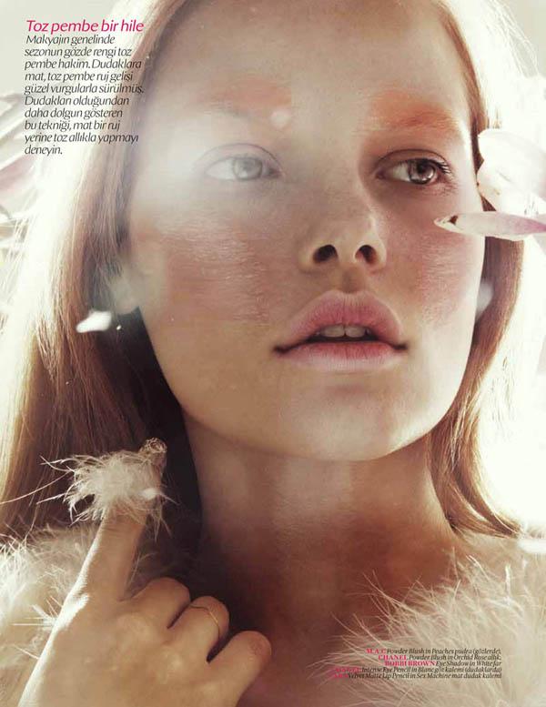 Bekah Jenkins by Jamie Nelson for Vogue Turkey June 2011