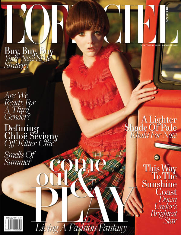 L'Officiel Singapore June/July 2011 Cover | Emily Wake by Wee Khim